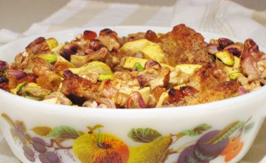 Apple nut bread pudding baked